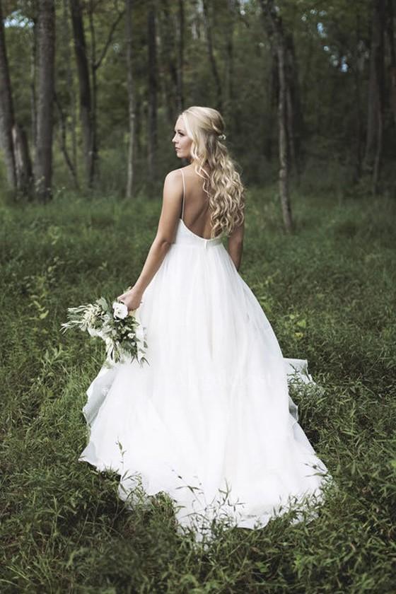 Simplemente vestidos de novia de playa 2019 Correa de espagueti Cuello en V Sin espalda Barrido Tren Barato Jardín Vestidos de novia Robe De Mariée personalizado