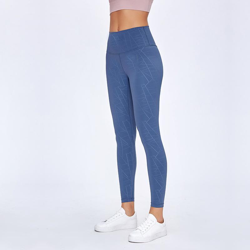 2020 Ropa de gimnasia Mujeres Yoga Leggings Alinee Pantalones de yoga desnuda Cintura alta Correr Fitness Deporte Leggings de alta calidad Entrenamiento apretado Leggings