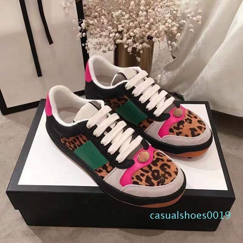 1Best Kalite Yeni Perdeleyici tasarımcı Ayakkabı Lüks Gerçek Deri Tasarımcı Sneaker Man ACE Kadınlar C19 için çilek Casual ayakkabılar işlemeli