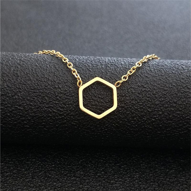 Toplu 10pcs Minimalist Hollow Hexago kolye kolye Paslanmaz Çelik Eometric gerdanlık Uzun Zincir kolye İçin Kadınlar Altın Collares