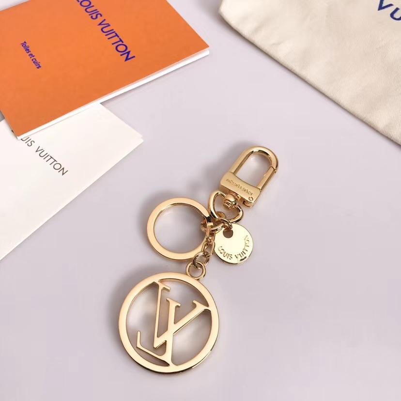 2020 heißen Verkauf Charm2 2019 neue Ankunft Mode-Accessoires für Liebhaber bester Geschenk Schlüsselanhänger Top-Qualität Brief Charm D001