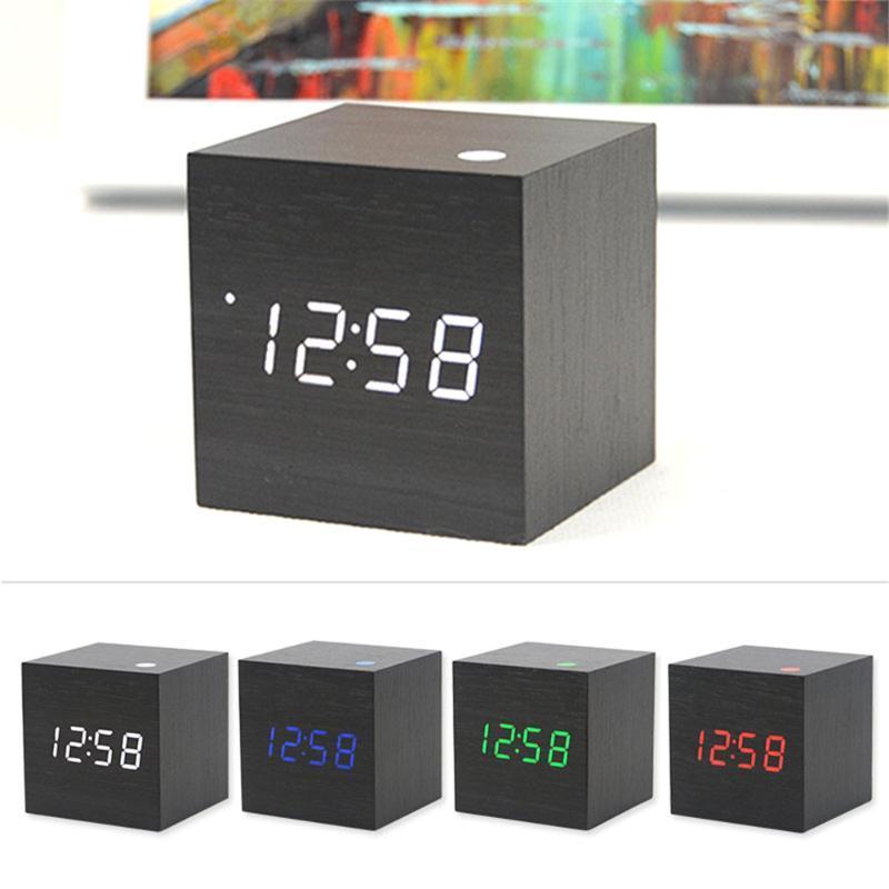 Digital Alarm LED de madeira Relógio Clock Wood Retro Brilho Tabela desktop Decor Voice Control Snooze Ferramentas Função Secretária