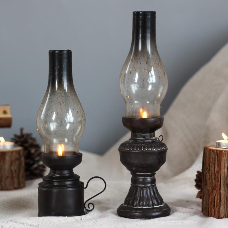 Creative Resin Crafts Nostalgic Kerosene Lamp Candle Holder Decoration Vintage Glass Cover Lantern Candlesticks Home Decor Gifts