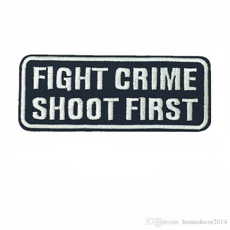 Broderie Patch Lettres Coudre Fer Sur Patchs Lutte Contre Le Crime Tirez Premier Badges Brodés Pour Sac Jeans Chapeau T-shirt DIY