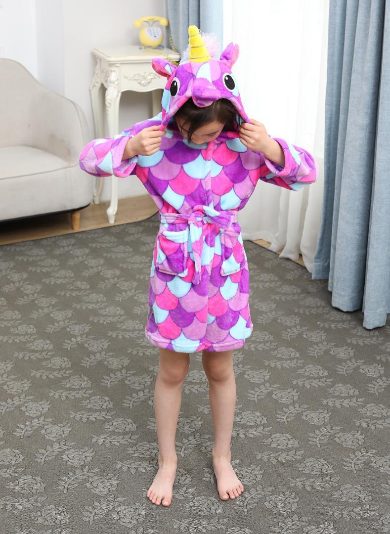 Детский мягкий халат удобный фланелевый мультфильм ночной халат унисекс с капюшоном подарок All Seasons пижамы талисман