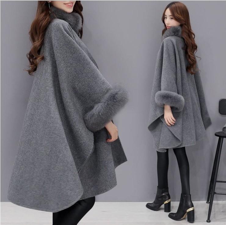 2019Women Capes Cloak Fox Fur Neck Design Womens Winter Clothing Outerwear Tops Loose Fashion Coats Capes Ladies Wool Blends Coats S-3XL
