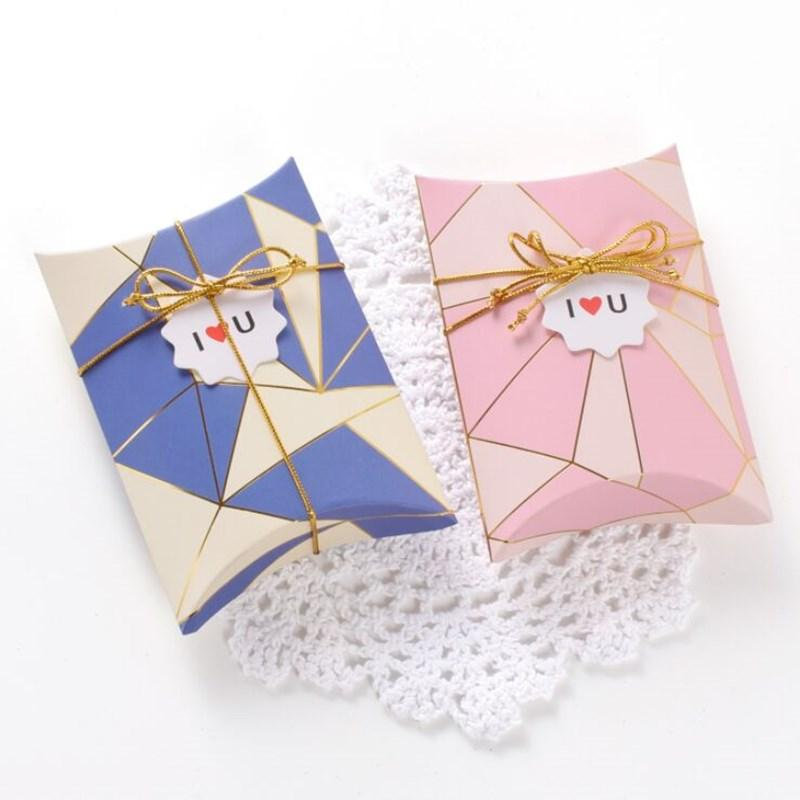 Ins style high-end bronzing white card paper creative gift box customized fashion folding pillow box 14x10x2.8cm 10pcs cute