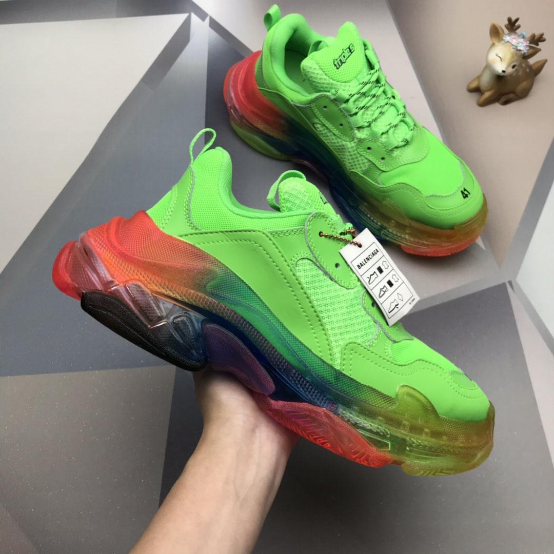 Homens Mulheres Casual Shoes Sapatilhas Almofada Triple S pai Shoes cores misturadas grosso combinação do nitrogênio sola de cristal Sneakers inferior