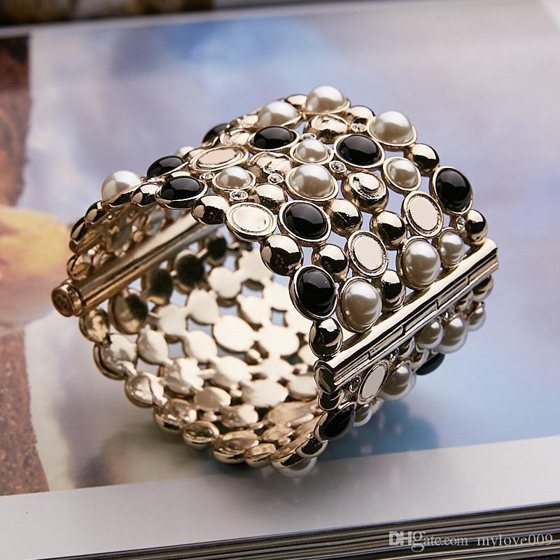 Marke Gold Farbe Modeschmuck Für Frauen Große Breite Manschette Armband Mode Praty Schmuck C Brief Name Manschette Armreif Schwarz Perlen