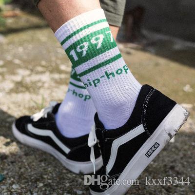 Yeni spor gelgit çorap üreticileri toptan erkekler ve kadınlar yüksek topuklu pamuklu çorap ter emici hip-hop sokak dansı çorap