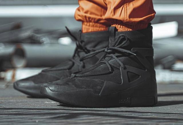 2020 neue Angst Gottes 1 Noir Männer Basketball Schuhe Triple Schwarz Designer Sneaker Stiefel Licht Knochen Segel Erwachsene Fogs Trainer AR4237-005-001-002