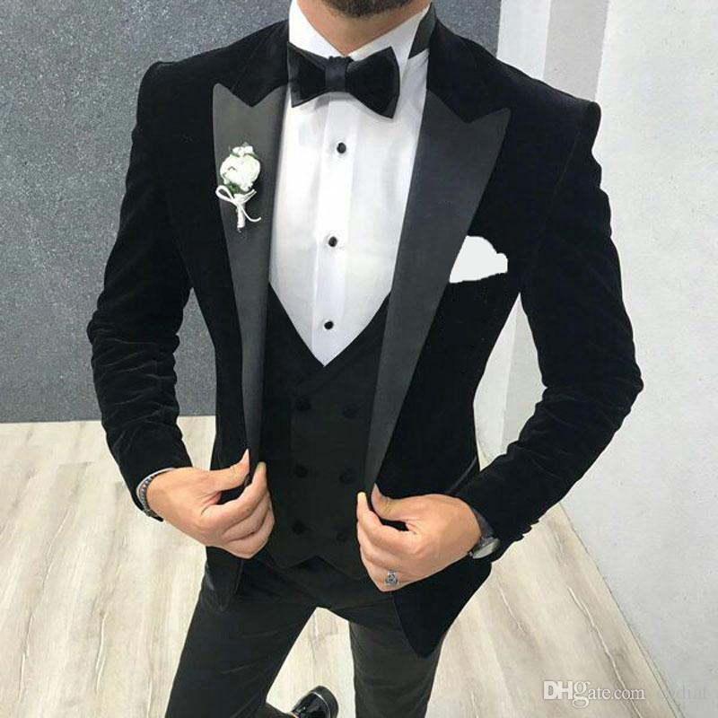Hombres Trajes de vestidos de novia hombre Blazer Negro Chaqueta fumadores Slim Fit novio esmoquin 3Piece reciente bragas de la capa diseños de vestuario Ternos Homme