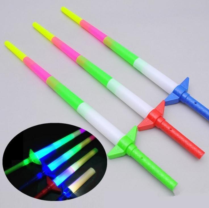 Nuevo 67 * 10 cm nuevos telescópicos LED Glow Sticks LED intermitente palos de luz varita fluorescente espada concierto juguetes p