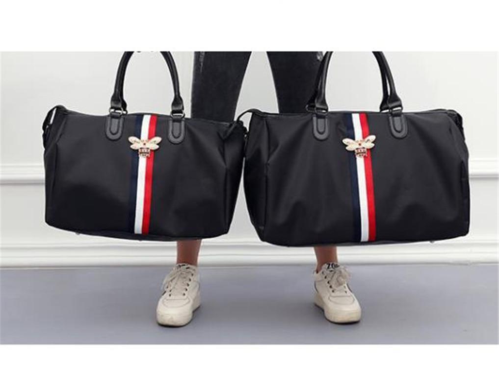 Borse di lusso della borsa delle borse di lusso del progettista di grande capacità Borsa di forma fisica della borsa alla moda borsa inclinata della spalla ape impermeabile per le signore calde