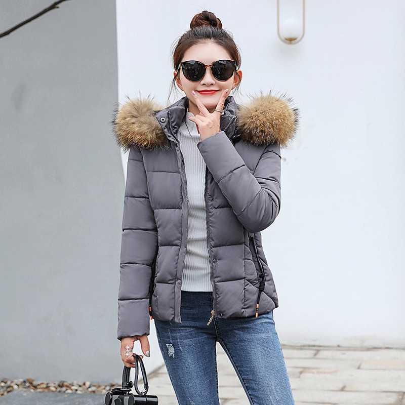 2020 الخريف في فصل الشتاء سترة المرأة ستر الأزياء أنثى معطف مع هود كبيرة طوق فو الفراء معطف الشتاء النساء