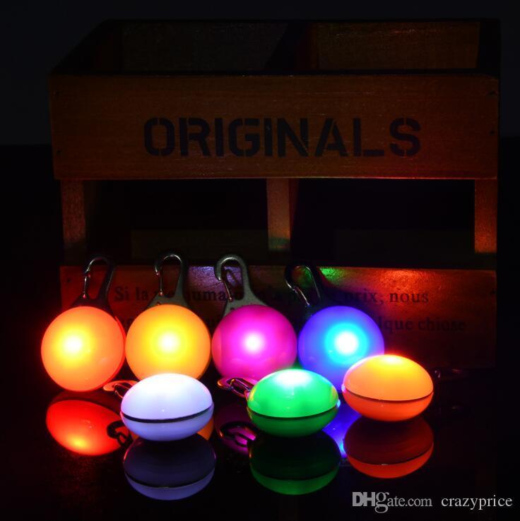 Collier de chien LED Pet Signal Glow Light Pendant Pet Night Out Lampes de sécurité pour chiens Anti-Perdu Collier lumineux Lumineux Décoration LXL722Q