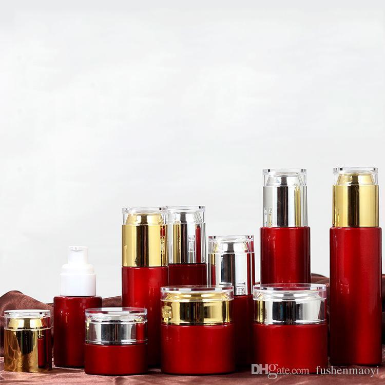 Bottes de crème de jar en verre rouge rond Cosmetic pots à la main Crème de pulvérisateur de pulvérisation de pulvérisation de pulvérisation à la main avec couvercle acrylique en or / argent 20g-30g-50g