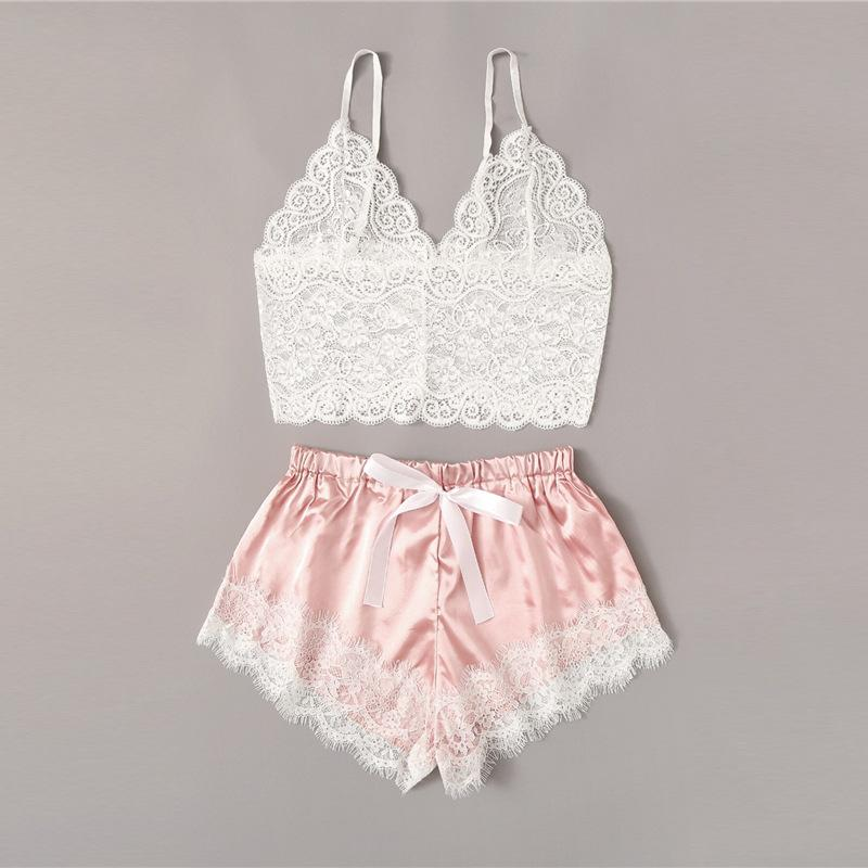 Fest mit V-Ausschnitt Nachtwäsche Sommer-Frauen-Pyjamas Silk Pyjamas Nachtwäsche Spitze kurze Hosen Wäsche Hollowed Unterwäsche Umstands Cloth 100p GGA3489