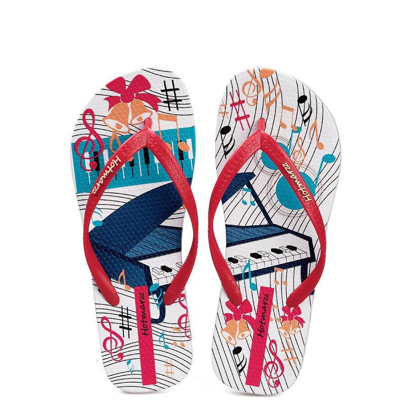 2020 música Mulher Verão colorido chinelos sandálias femininas e chinelos fora desgastado no verão, com sandálias de calcanhar plana praia antiderrapante fixados