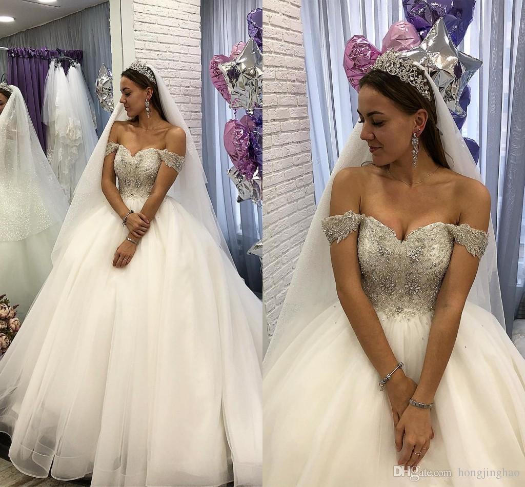 Ballkleid Brautkleider Schulterfrei Strand Perlen Kristall Tüll Weiß Brautkleider Günstige Prinzessin Land Brautkleider Vestidos De Novia