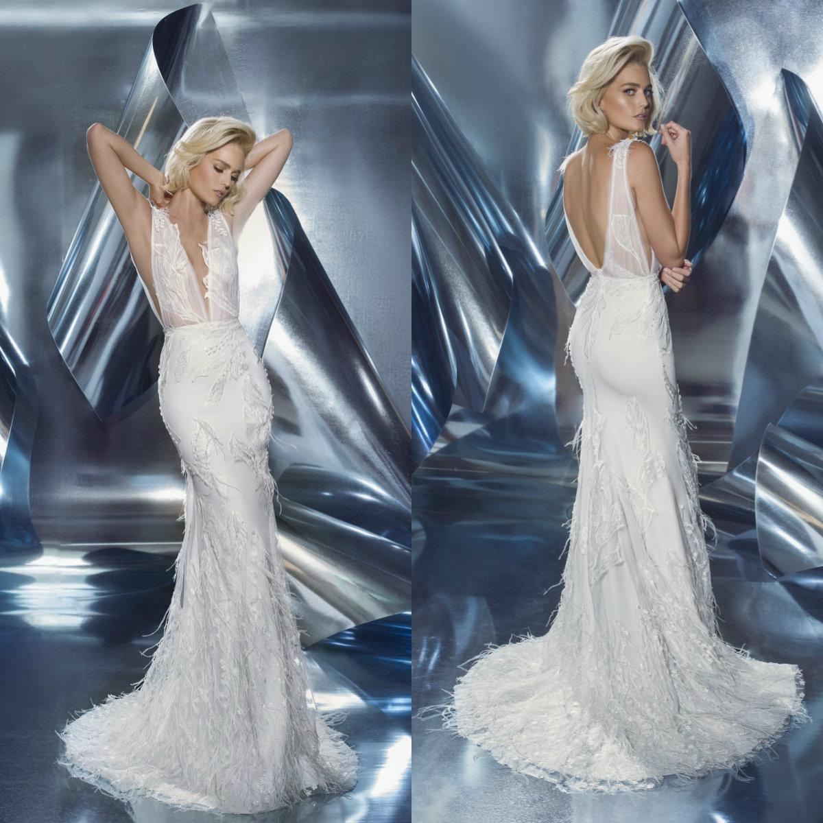 2020 Sexy Sirena Vestidos de novia sin espalda apliques de encaje con plumas vestidos de boda de barrido Vestidos de Novia