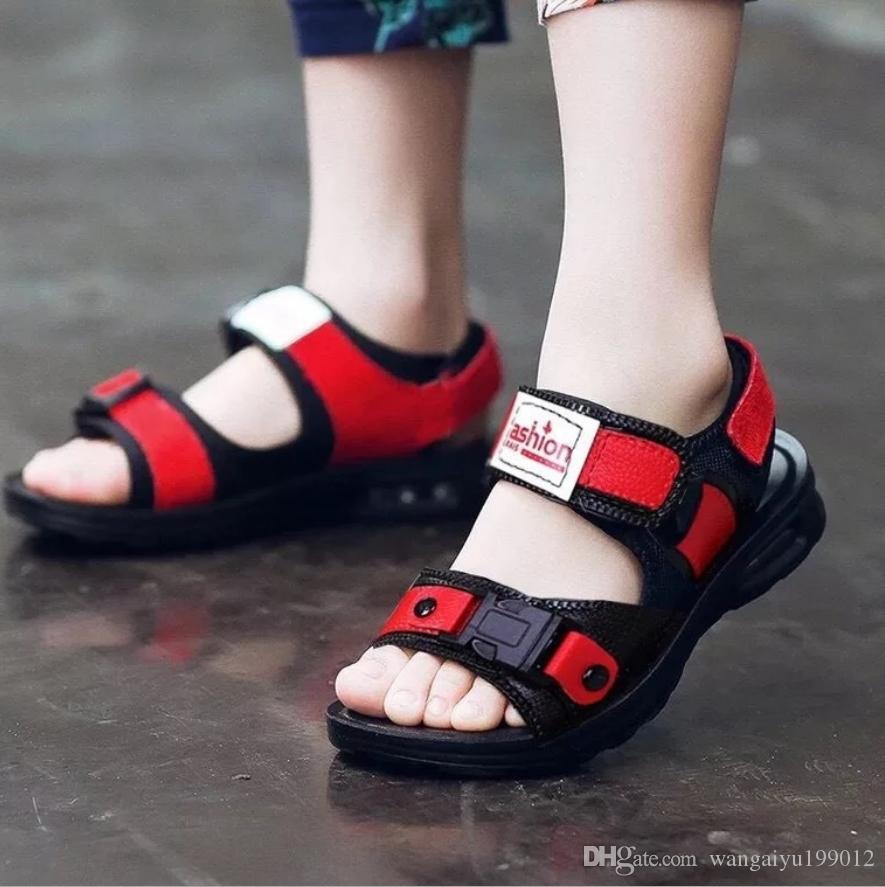 Xiamen Saison 2019 neue Junge Sandalen Sommer Kinderstrandschuhe großen Jungen Jungenschuh Kunststoff männliche Babys kühlen
