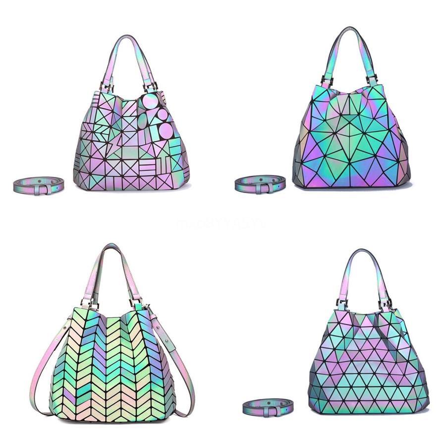 Promoção! Free Shipping! 2020 Nova Marca Moda Pu Luminous Bolsas mulheres famosas marcas Designers sacolas sacos de ombro com saco de poeira # 8