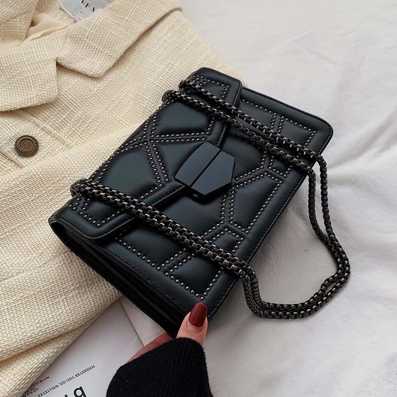 Заклепка цепи Малый Crossbody Сумки для женщин 2020 плеча сумку Lady лучшие сумки для девочек