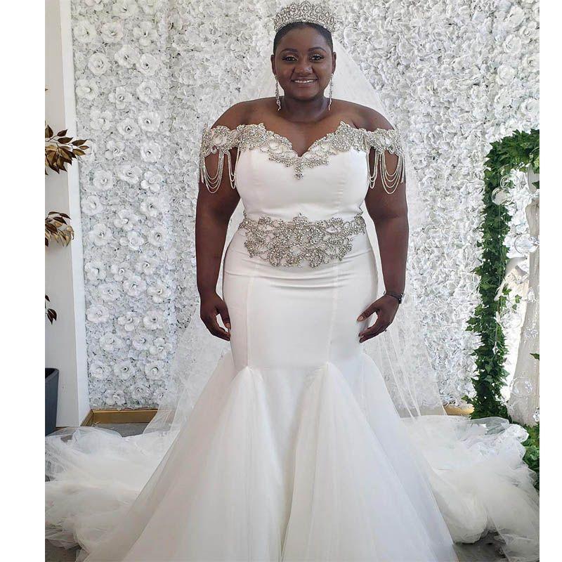 2020 Cristaux perlés Robes de mariée Afrique de la sirène africaine Taille Fille noire Femmes Plus Taille Épaule Tulle Tulle Robes de mariée sur mesure