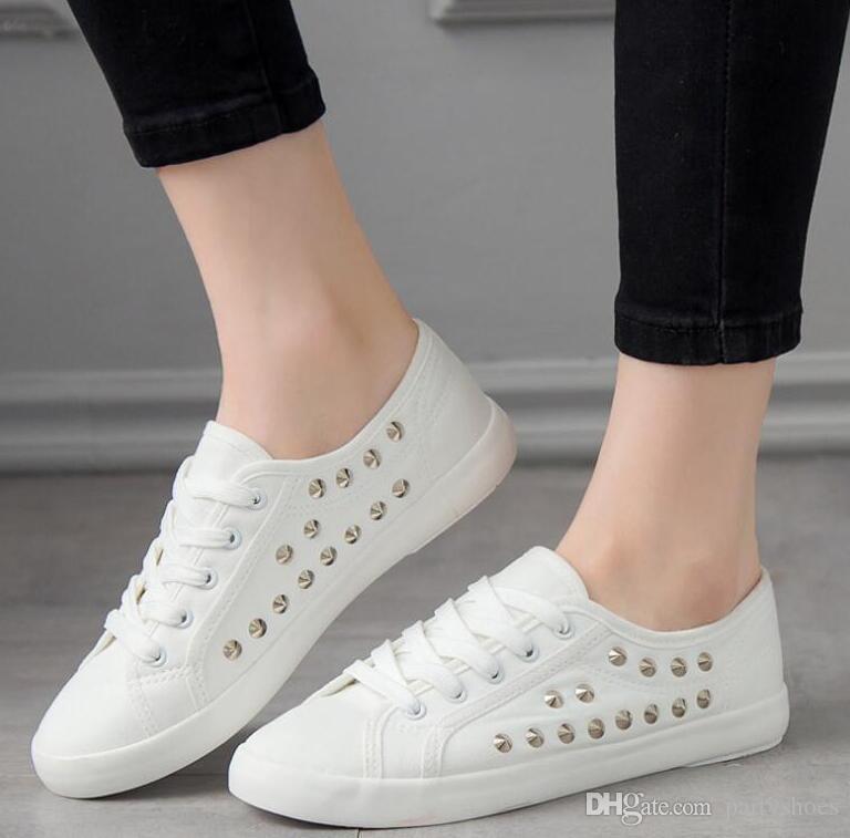 los zapatos de lona blancos del remache de poca profundidad zapatillas de deporte de moda femenina resistente mujeres ligeras ocasionales zapatos de otoño