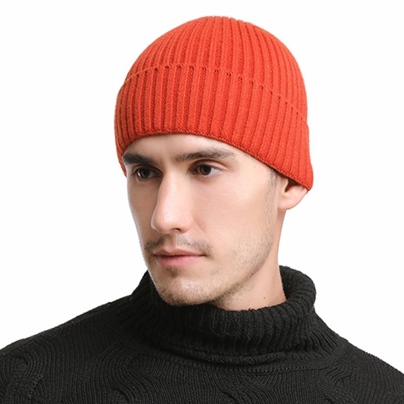 Mens solid color autumn and winter new knitted cotton caps warm and comfortable loose womens universal mans hats Beanies male