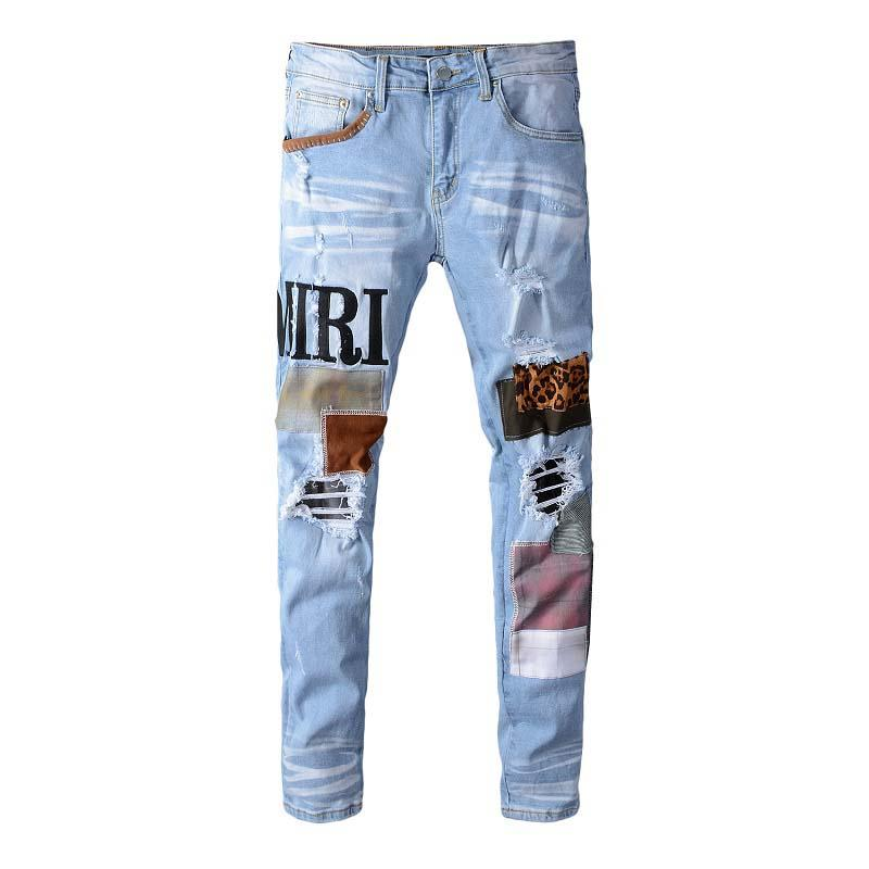 Spring and summer European and American alphabet Leopard patch hole patch Patch light blue slim feet elastic jeans men