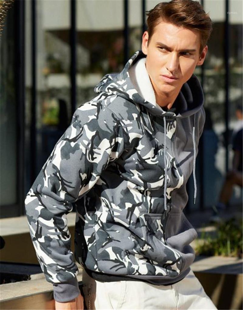 Hoodies casuali Maschi Abbigliamento Mezza mimetico con pannelli Mens Designer hoodies di modo allentato Big Pocket Stampa Mens
