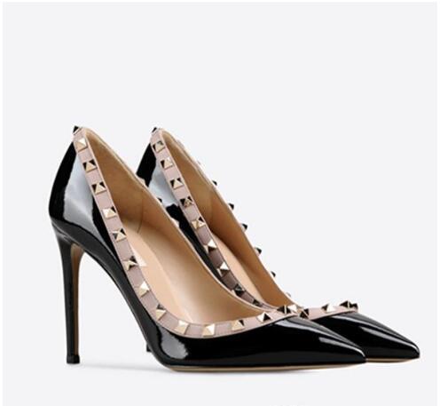2019 Hot V clássico desenhador Mulheres sapatos novos saltos altos para as senhoras, nova moda em couro senhora rebite pontas festa de casamento salto alto + caixa