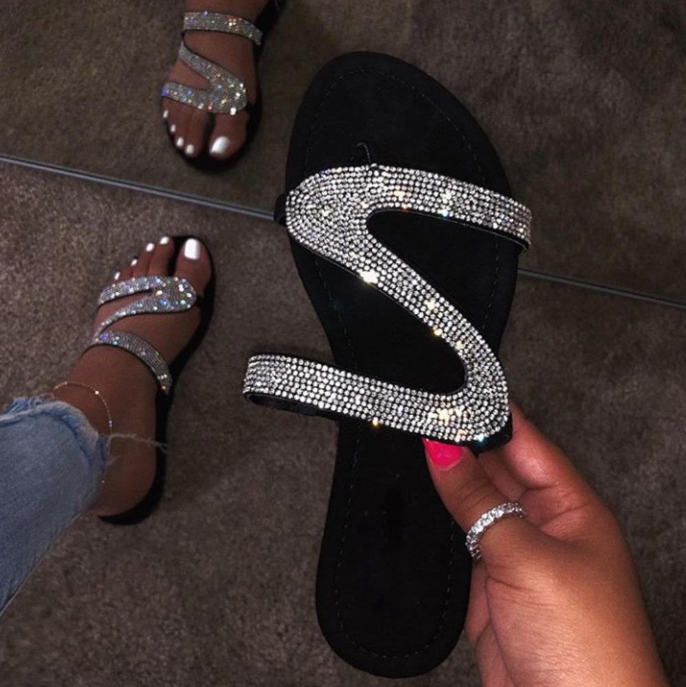 Summer Flats Mules Sandalias de señora Zapatillas Slip On Open Toe Zapatillas de mujer Zapatillas de zapatillas al aire libre Mujer Slides Chanclas de serpiente