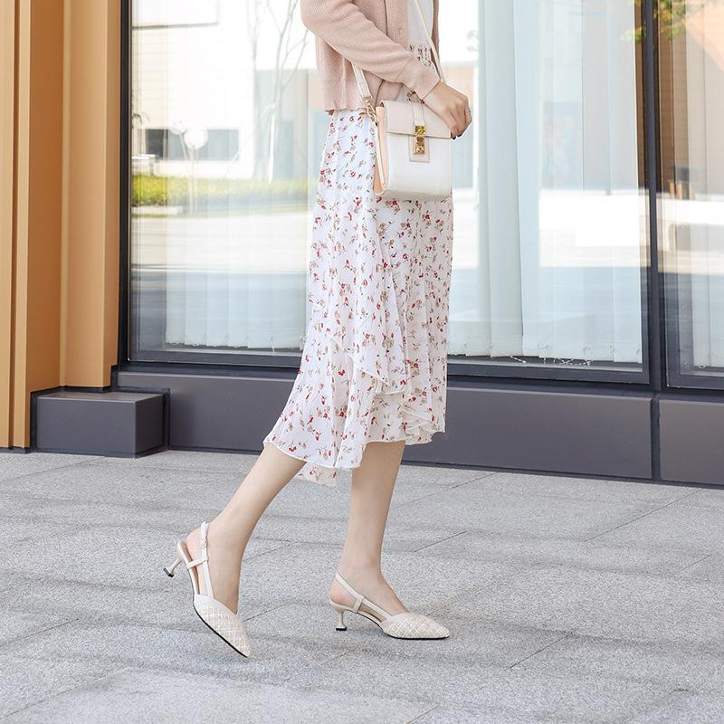 Fu No. 2020 New Spring Chaussures à talons Sandales Femmes Talon fine Matière spéciale Sac avant arrière avec boucle Mix