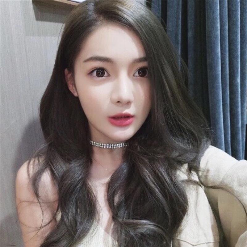 Mancha el cabello largo y rizado de las pelucas de Corea en las pelucas de ventas directas de la fábrica de cortes de cabello de flequillo