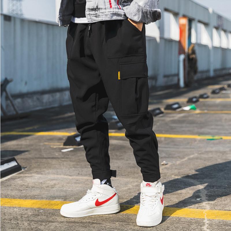 عام 2020 رجل الصيف الصيفي الأسود الهرولة السراويل Men الجيوب الكبيرة Ankel Cargo Pants Male Streetwear Overalls Sweatpants Men