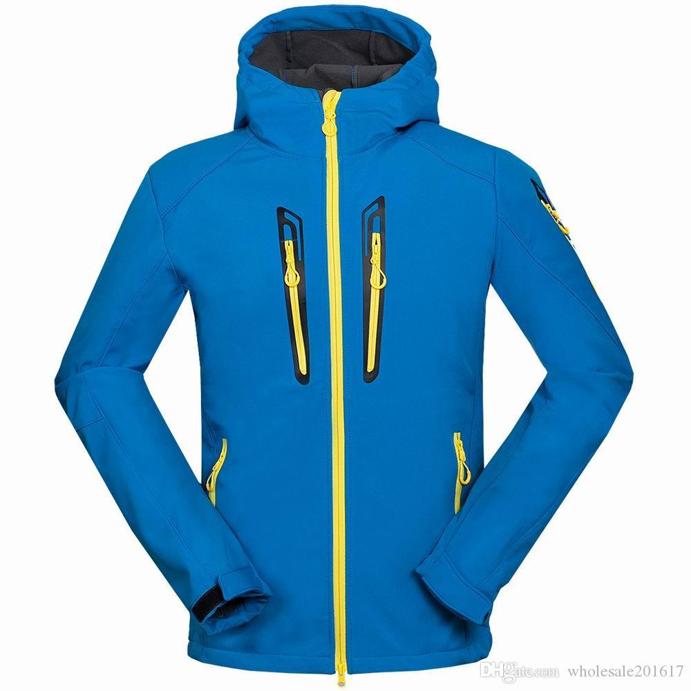 nuovi uomini HELLY giacca invernale con cappuccio Softshell per antivento e impermeabile morbido cappotto Shell Jacket HANSEN Giacche Cappotti 16153