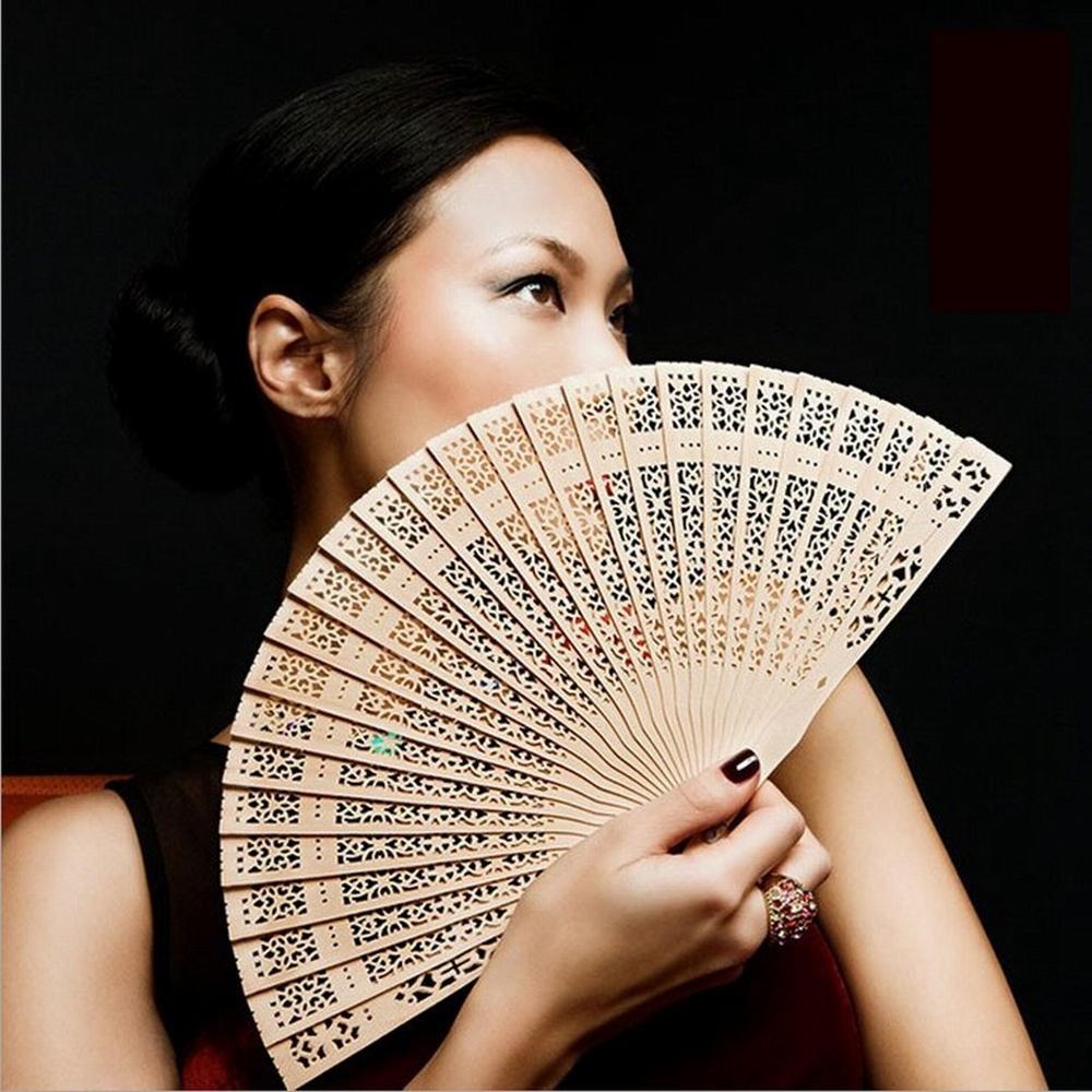 200pcs nozze serigrafia favorisce ventilatore di seta cinese intagliato pieghevole profumo del legno di compleanno di nozze favori di partito regalo per Guest