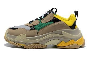 Hot!!2019 Fashion 17FW Triple-S Sneaker Triple S Casual Dad Shoes for Men's Women Beige Black Ceahp Sports Designer Shoe Size 36-45