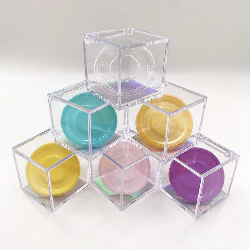 Custom Clear Cube Eyelashes Box for 3D 5D 25mm 27mm Mink Eyelashes Private Logo Packaging Box