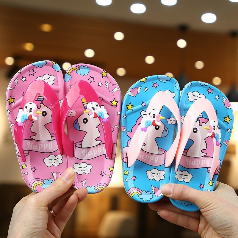 Crianças sapatos flip-flops Verão Unicorn Crianças Sandals antideslizantes Bebé bonito Meninas Calçados Outdoor Praia Crianças Chinelos