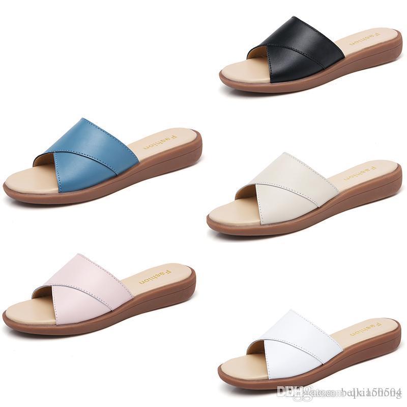 Fashion designer brand women Beach Slide Sandals Scuffs Slippers Ladies white black blue Beach Fashion slip-on Luxury sandals Flip Flops