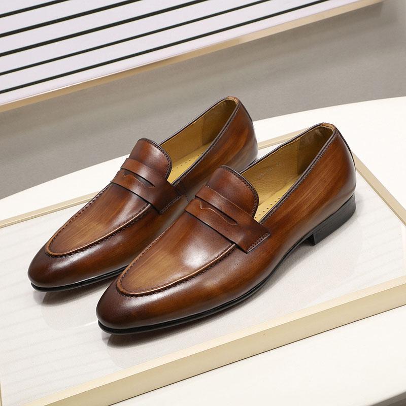 Primavera Otoño hombre elegantes mocasines de cuero auténtico pintado a mano se deslizan en los zapatos de vestido de novia zapatos de negocios ocasionales de los hombres
