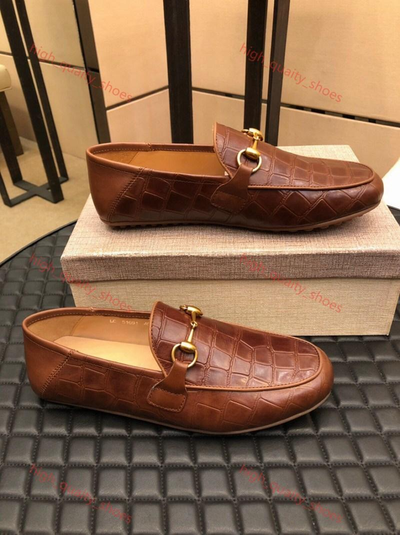 Gucci shoes 2020 nuevos zapatos casuales de la moda de los hombres Xshfbcl superestrella Lusso calzado deportivo PROGETTISTA carta de cuero de alta calidad de impresión en relieve