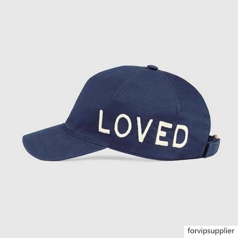 2018 New Retro Loved Ball-Kappe Berühmte Designer-Plaid-Stickerei-Hut Qualitäts-reine Baumwolle Baseball-Mütze Adjustable Vati-Hut Leisure Golf Cap