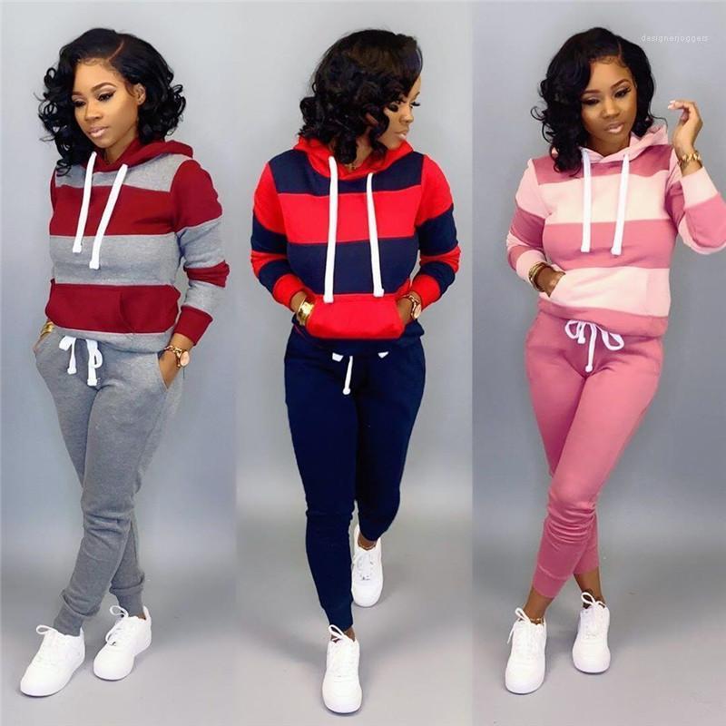 Активный стиль Женщины Два Pice наборы конструктора женщин костюмы Мода Бег с капюшоном Костюмы Casual Контраст Цвет Полосатый печати