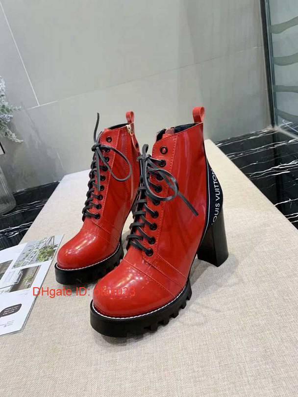 Europa e le scarpe di camoscio pelle nuovi stivali donne Stati Uniti liberano caricamenti del sistema Trasporto in punta grossi stivali tacco alto JP1117