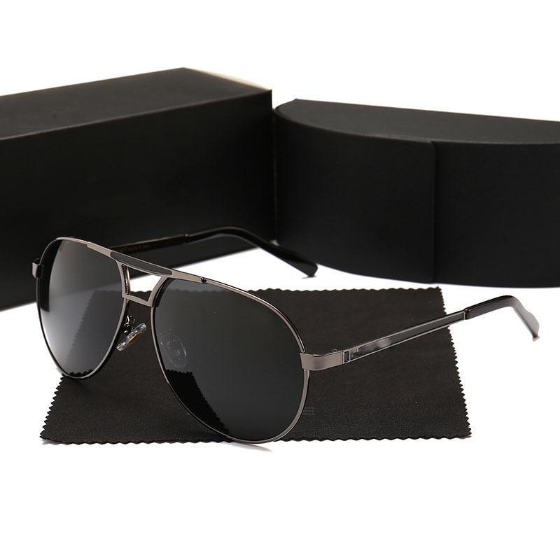 Luxury occhiali da sole degli uomini del progettista degli occhiali da sole Gold Frame Piazza telaio in metallo Retro Style Outdoor design classico